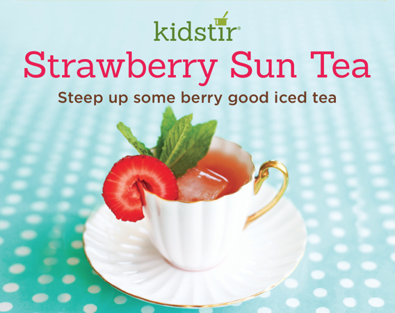 kids-strawberry-sun-tea